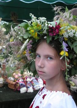 girl with wreath
